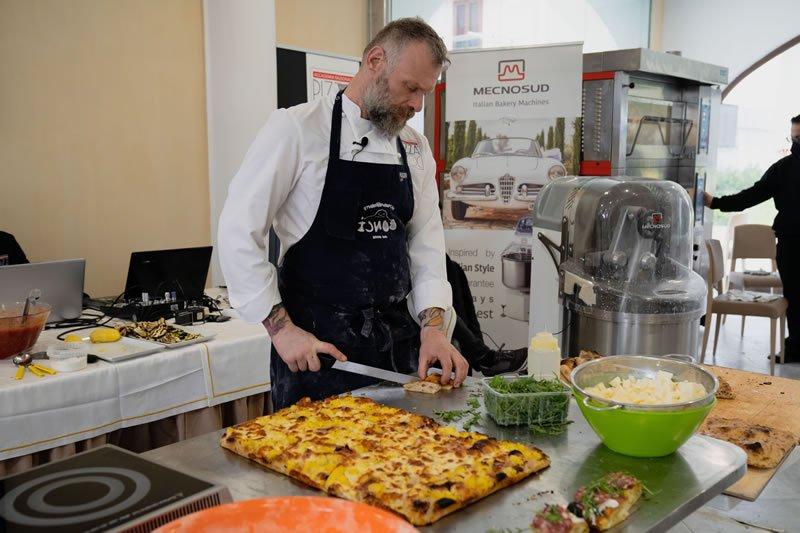 Pizza in Teglia e pinsa romana secondo Gabriele Bonci 02 - Accademia Nazionale Pizza DOC