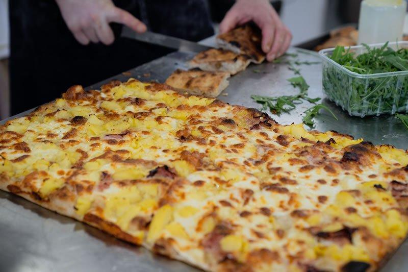 Pizza in Teglia e pinsa romana secondo Gabriele Bonci 03 - Accademia Nazionale Pizza DOC